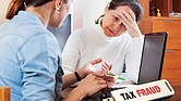 NO A LOS FANTASMAS. Un preparador de impuestos honesto tiene un número de identificación y firma siempre las declaraciones de impuestos que prepara.
