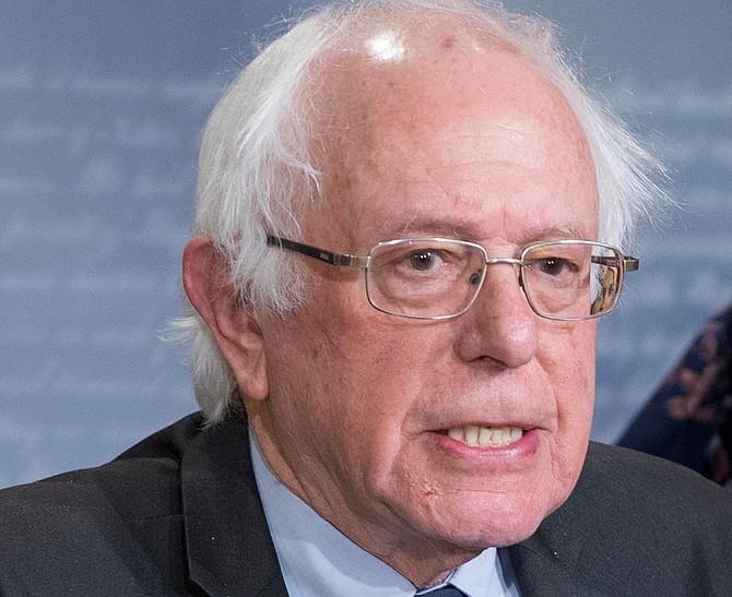 POLÍTICA. Fotografía de archivo tomada el 10 de enero de 2019, que muestra al senador independiente para Vermont Bernie Sanders en una rueda de prensa
