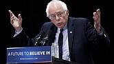 POLÍTICA. Fotografía de archivo tomada el 19 de abril de 2016 que muestra al senador independiente para Vermont Bernie Sanders en un acto electoral en Pennsylvania