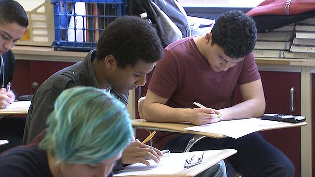 OPORTUNIDAD. Las Becas Bernie benefician a estudiantes del condado de Montgomery. El programa cuenta con fondos de $100 mil.