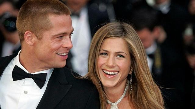 COMUNICACIÓN. Se dice que Jennifer lo ha apoyado mucho desde que se separó de Angelina Jolie con rumores de que Angelina habría acusado a Pitt por violencia verbal y física contra uno de sus hijos.