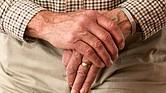 Un novedoso programa para adultos mayores vulnerables de bajos ingresos ofrece apoyo y ayuda para que puedan seguir siendo independientes. Y un estudio publicado en JAMA comprobó que los que participaron de este programa experimentaron 30% menos dificultades para realizar actividades cotidianas, que los que no.