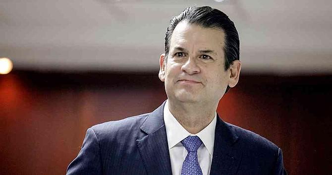 La declaración de Sarmiento no se extendió por más de una hora. El banquero aseguró que sí se tomaron medidas frente a las alertas de contratos irregulares.