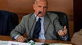 CARACAS. Fotografía de archivo del 27 de enero del 2016, del exjefe de contrainteligencia militar de Venezuela solicitado por EE.UU. por narcotráfico y diputado del chavismo Hugo Carvajal durante una reunión de la comisión de Contraloría de la Asamblea Nacional