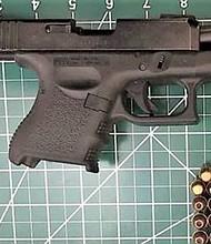 VIOLENCIA. En 2018, los oficiales de la TSA en el DCA capturaron 17 armas de fuego en los puestos de control del aeropuerto