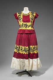 Tehuana dress (top and skirt), 1930s-1940s. Made in Tehuantepec, Oaxaca. Cotton, hand-embroidered with a chain-stitch needle or crochet hook. Gift of Michael Phillips.