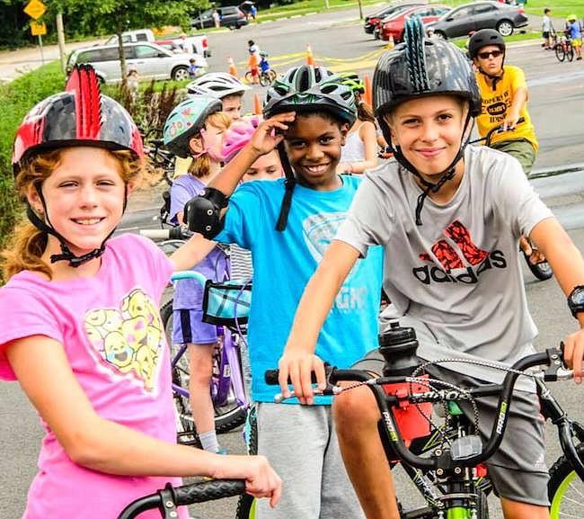 CULTURA. El Depto. de Parques y Recreación de Fairfax, VA, además de los tradicionales campos de verano que demandan actividad física, este año ofrecerá una emulación del musical Hamilton.