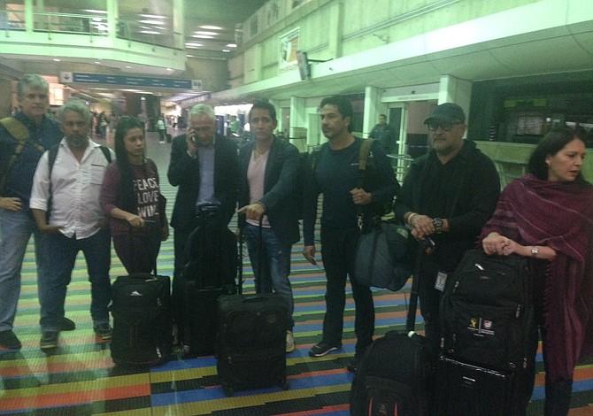 Detienen en aeropuerto de Venezuela a trabajador de prensa de CNN