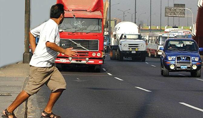 TxDOT pide prudencia  a los conductores