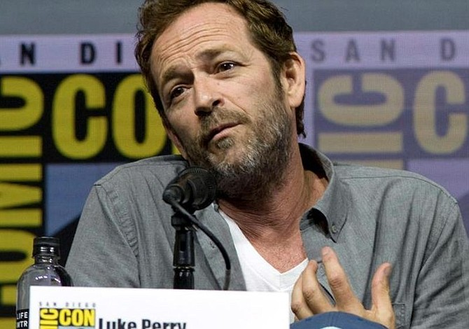 Entierran en Tennessee al actor de Beverly Hills 90210, Luke Perry