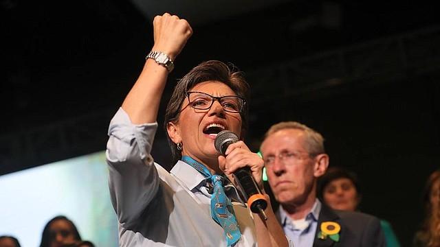 Claudia López competirá con Antonio Navarro para representar a la Alianza Verde en la carrera por la Alcaldía de Bogotá.