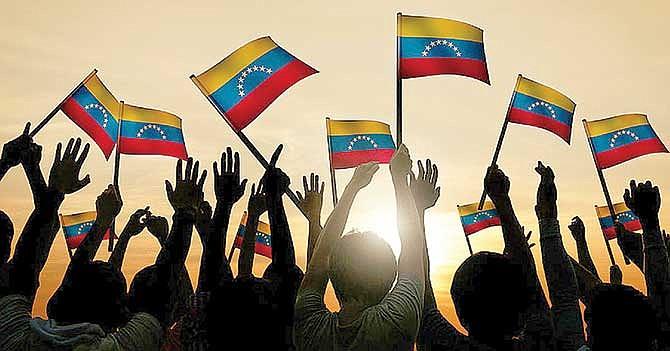 Presentan proyecto para proteger a inmigrantes venezolanos