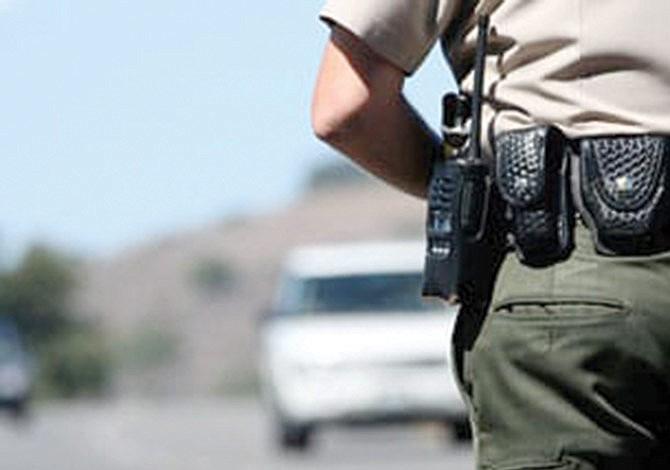 Sheriff a la caza de conductores ebrios