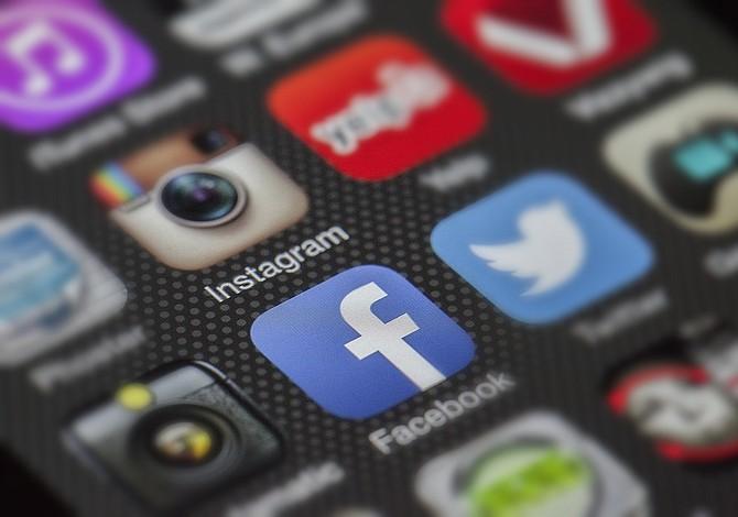 Se caen Instagram y Facebook en el ámbito mundial