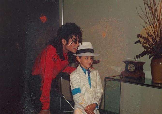 Louis Vuitton elimina colección inspirada en el Rey del Pop, Michael Jackson