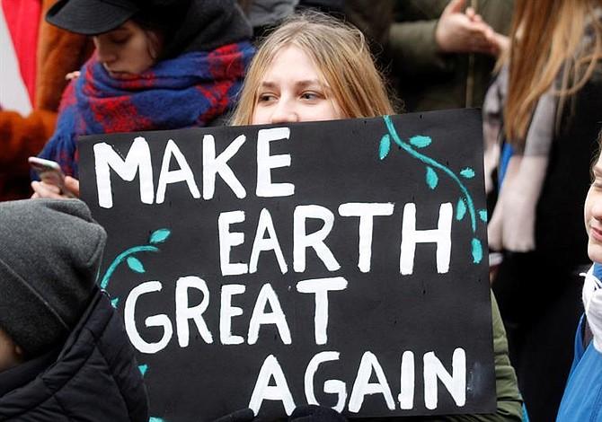 Estudiantes en el mundo protestan contra el cambio climático [FOTOS]