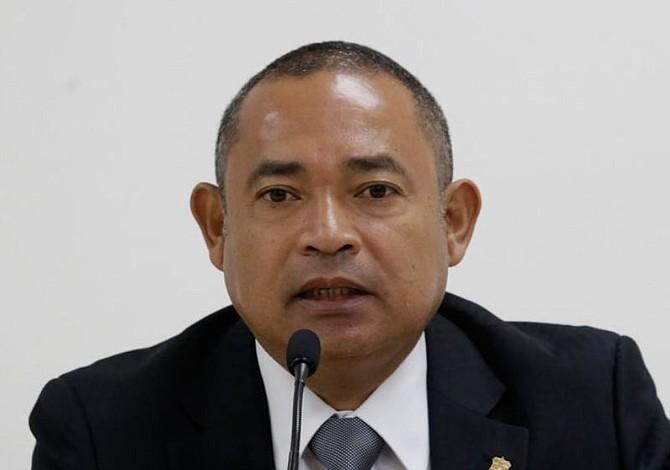 Denuncian al Ministro de Justicia y Seguridad de El Salvador