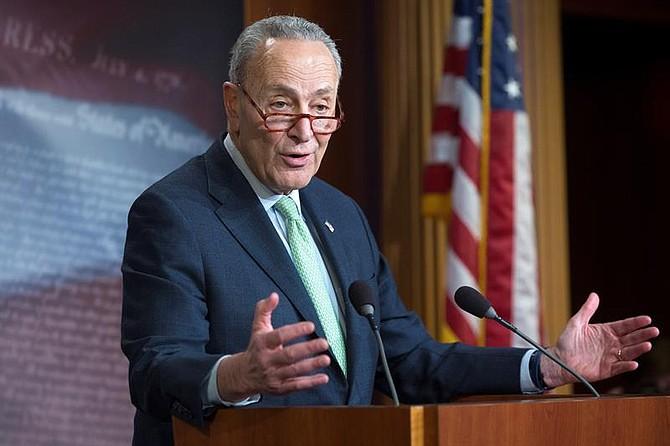 POLÍTICA. El líder de la minoría demócrata en el Senado, Chuck Schumer