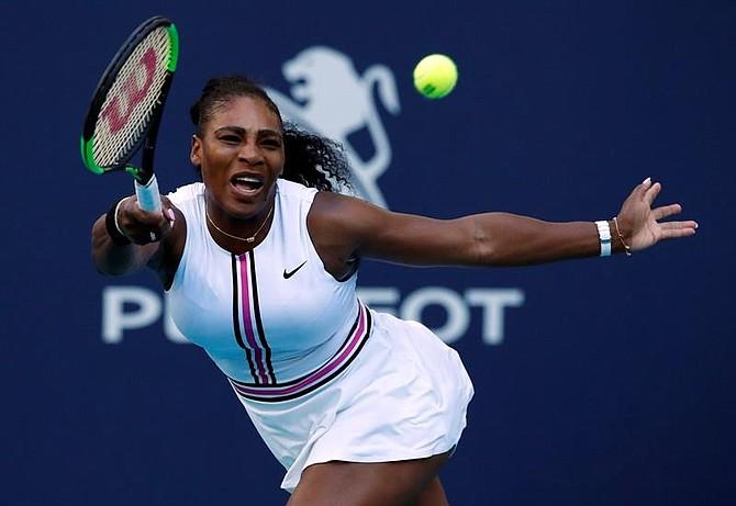 DEPORTE. Serena Williams en el compromiso contra Rebecca Peterson, en el Abierto de Miami