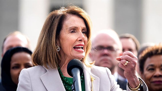 POLÍTICA. Demócratas votaron 24 a 17 a favor de autorizar a su presidente a citar el informe de Mueller