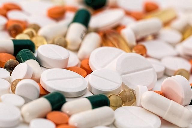 Florida y Nueva York desafían a la FDA y seguirán comprando medicamentos en Canadá