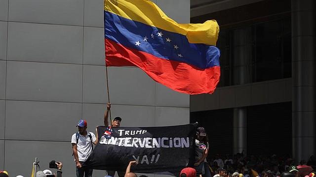 CARACAS. Miles de opositores venezolanos se toman el sábado 6 de abril las calles de Caracas  convocados por Juan Guaidó