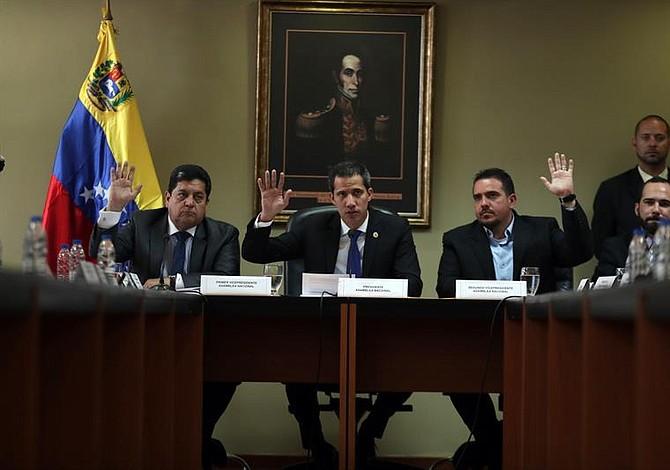 Guaidó pide a la Cruz Roja evitar politización en distribución de ayuda humanitaria