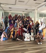 GRUPO. El grupo Santiago Apóstol de la Iglesia Saint James en Falls Church dramatizará el Vía Crucis el viernes 19 de abril.