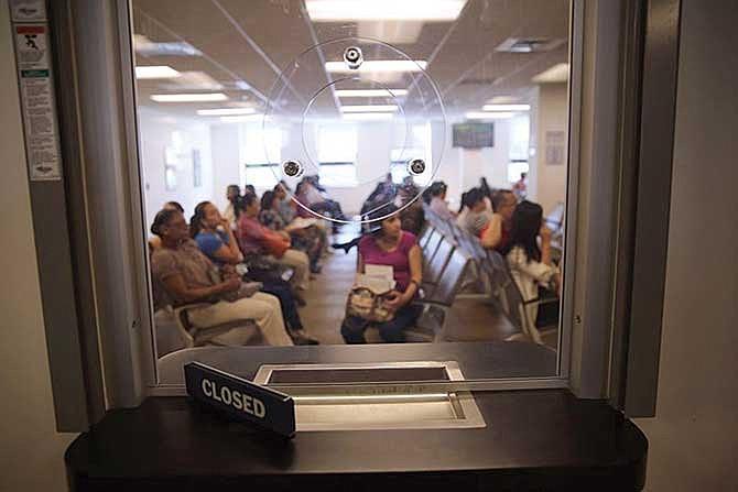 Solicitantes de asilo no podrán salir bajo fianza