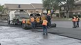 OJO. En Texas, las multas de tránsito en las zonas de mantenimiento público se duplican cuando hay trabajadores presentes y pueden llegar a costar hasta dos mil dólares.