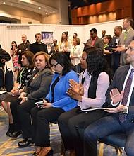 EXPO. Cientos de expositores y 1.500 asistentes visitaron la Business Expo de la GWHCC que ocupó un pabellón entero del centro de convenciones.