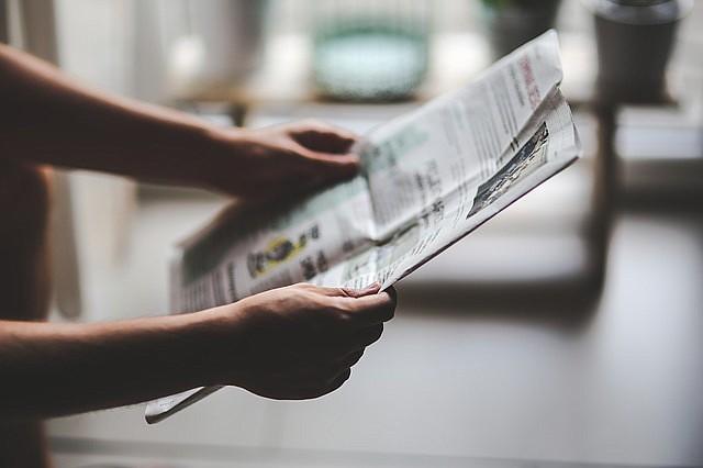 PRENSA. Imagen de referencia de una persona que lee un periódico