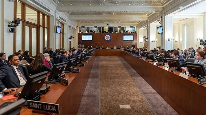 DISCUSIONES. Tras la crisis política que enfrenta Venezuela, Estados Unidos lidera la presión diplomática para generar el fin del régimen de Nicolás Maduro.