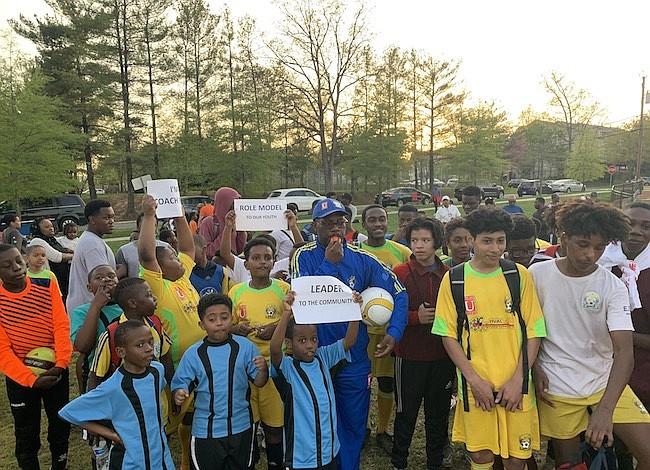 Maryland: Luchan contra deportación de entrenador de jóvenes