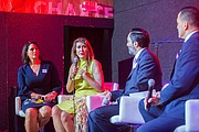 DIÁLOGO. De izq. a der.: Karen Finney (CNN), María Cardona (CNN), Rafael Bernal (The Hill), y Estuardo Rodríguez (Friends of Latino American Museum).