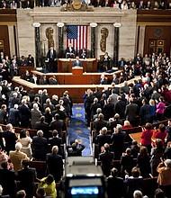"""PROPUESTAS. El presidente de la Comisión, Jerrold Nadler, de Nueva York, declaró que la acción del Departamento de Justicia de Trump era una clara nueva señal del """"desafío total"""" del presidente a los derechos constitucionales del Congreso."""
