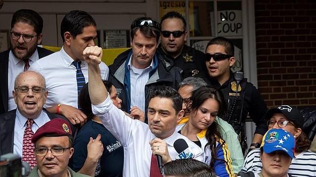 REACCIÓN. Vecchio reiteró a los militares y funcionarios venezolanos que aún sostienen a Maduro que las sanciones de las que han venido siendo objeto son removibles, tal como ocurrió estas semanas con el Director del SEBIN Manuel Cristopher Figuera.