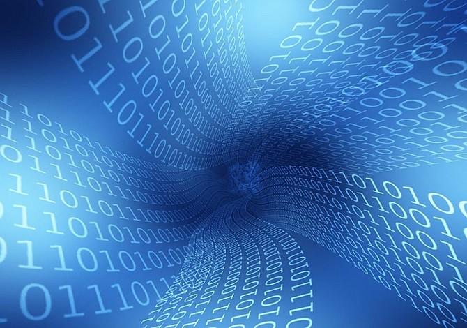 """Científicos lograron """"retroceder el tiempo"""" con una computadora cuántica"""