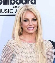 SHOW. Larry Rudolph representó a Britney entre 1998 hasta 2004; tras una pausa de cuatro años retomó las riendas de su carrera hasta la fecha.