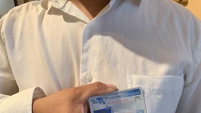 INDOCUMENTADO. Juan José no se ve afectado por el llamado. Desde ya su licencia dice que no es para uso federal.