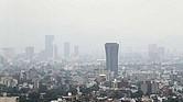 MALA CALIDAD. La contaminación ambiental es algo con lo que viven los pobladores de Ciudad de México. Y los incendios agravan la situación.