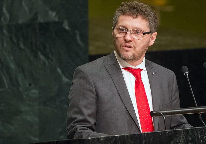 Relator de la ONU preocupado por ley en El Salvador que otorgaría perdones a delitos graves perpetrados durante el conflicto armado