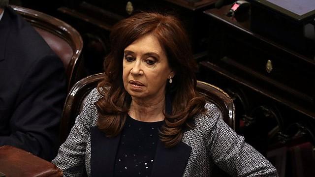 """ANUNCIO. """"Esta fórmula que proponemos estoy convencida que es la que mejor expresa lo que en este momento en la Argentina se necesita para convocar a los más amplios sectores sociales y políticos y económicos"""", dijo la expresidenta."""