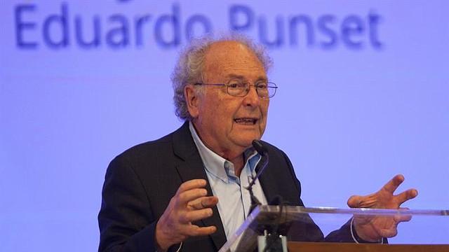 Fotografía de archivo (25/02/2015), del exministro, escritor, periodista y divulgador científico Eduard Punset.