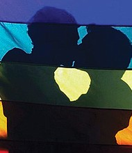FELICIDAD. Las oficinas consulares de México en todo el mundo celebrarán el matrimonio de dos ciudadanos mexicanos sin discriminarlos por su sexualidad.