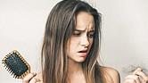 Consumo excesivo de calorías provoca la caída del cabello.