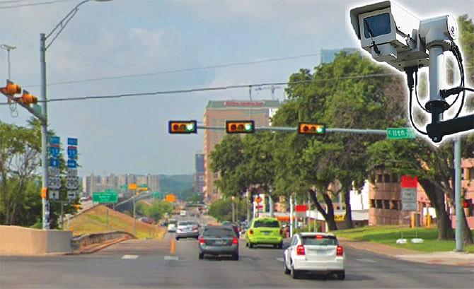 Eliminarían las cámaras de los semáforos