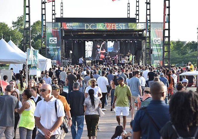 Decenas de artistas enaltecen el jazz en el DC JazzFest