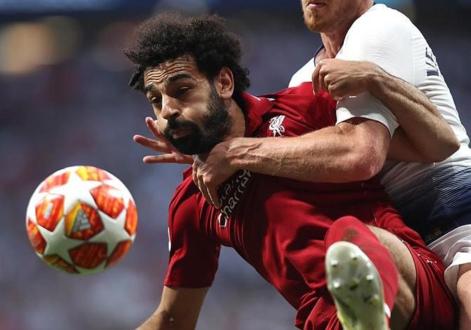 La sorprendente reacción de Mohamed Salah al pensar que una periodista lo iba a besar
