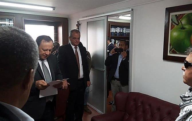 Jesús Santrich se posesionó en el Congreso de Colombia